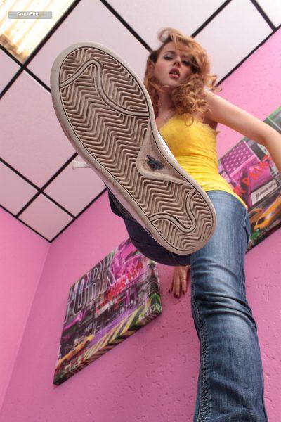 Adriana-001129-02