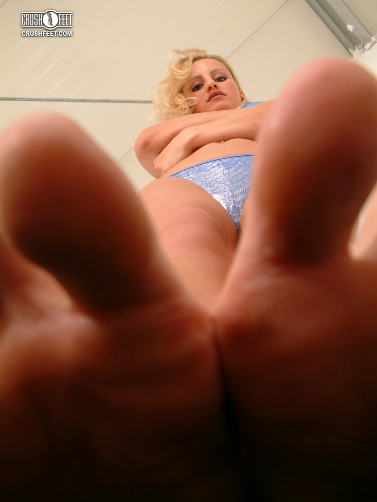 Under giantess feet